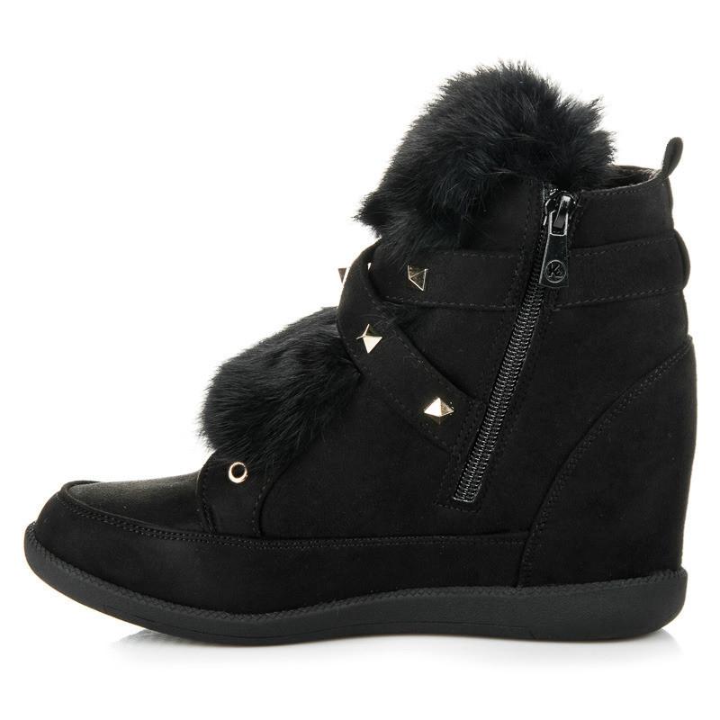 152bc9fef37b4 Semišové čierne členkové topánky s kožušinkou a prackami - Dámske ...