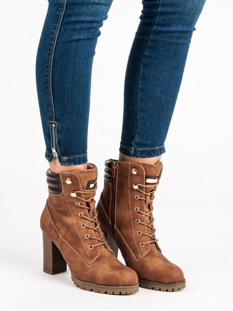 f01915bfc7c Šnurovacie hnedé členkové topánky na podpätku - Dámske topánky ...