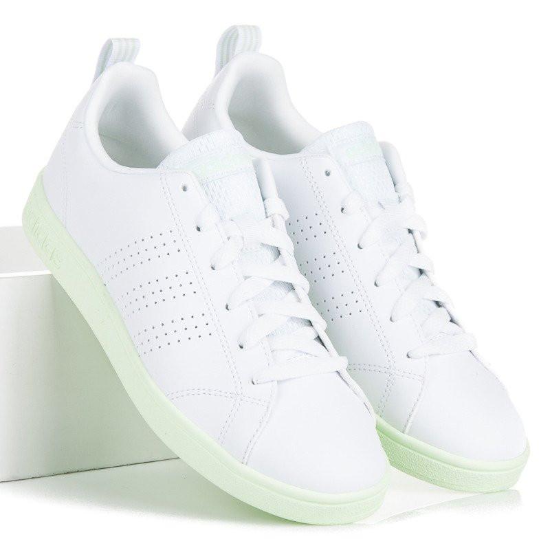 082a90a17fd56 Štýlové biele tenisky značky Adidas - Dámske členkové tenisky - Locca.sk
