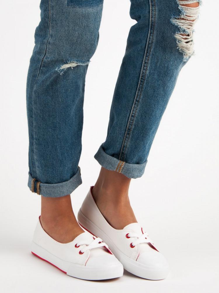 Výborné biele dámske  tenisky bez podpätku