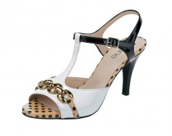 Extravagantné sandálky Heine
