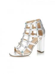 GUESS sandále s ozdobnými nitmi, strieborná