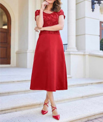 Heine šaty s čipkou, červené