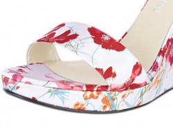 Kvetinové sandále na platforme #2