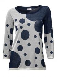 Modrý pulóver so vzorom S. Madan