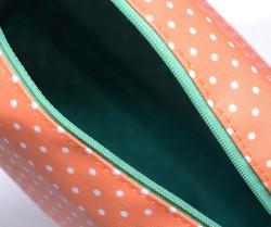 Oválna kozmetická taštička bodkovaná s brmbolcom, oranžová #3
