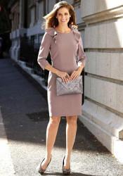 Púzdrové elegantné šaty s volánom