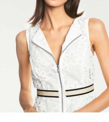 Šaty s vyšívanou čipkou biele #5
