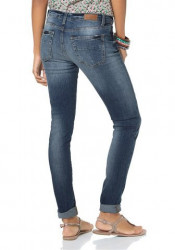 Štýlové džínsy VERO MODA