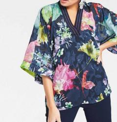 Tunika s kvetmi v štýle kimona