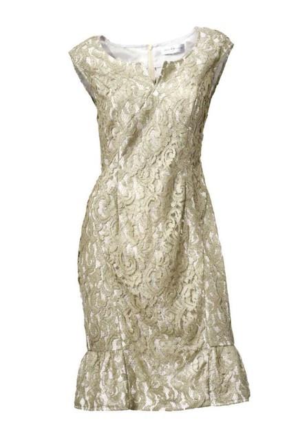 Krajkové šaty zlato-lesklé S. Madan - Spoločenské šaty krátke - Locca.sk 74673d0f8dd