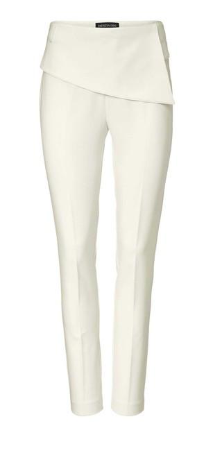 b166182f0fb1 Krémovo-biele elegantné nohavice - Nohavice pre moletky - Locca.sk