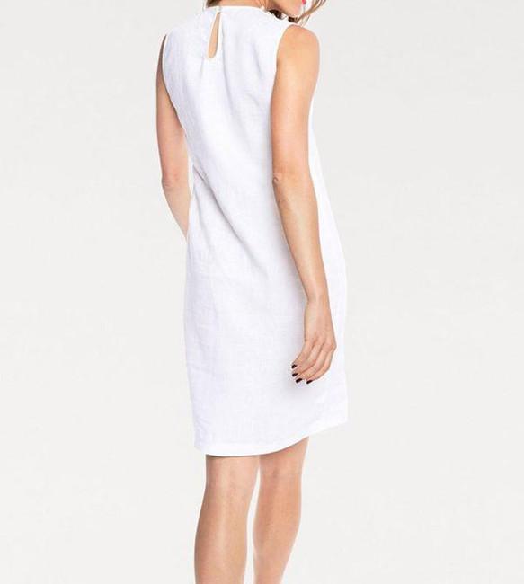 13ca57796cb1 Ľanové biele šaty s perličkami - Mini šaty - Locca.sk