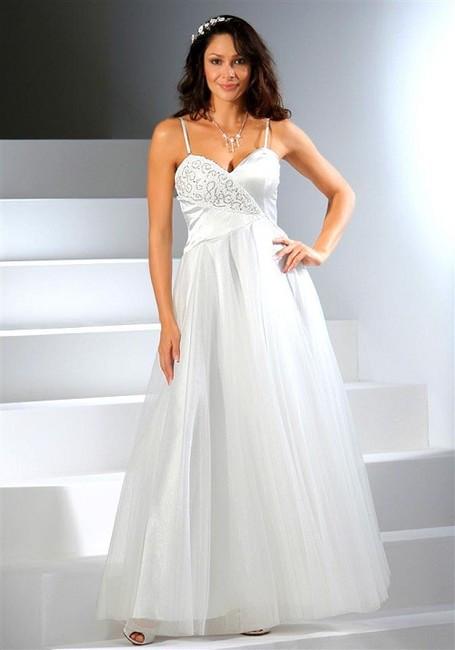 f2a579f8f2ca Rozprávkové svadobné šaty Laura Scott Wedding - Spoločenské šaty ...