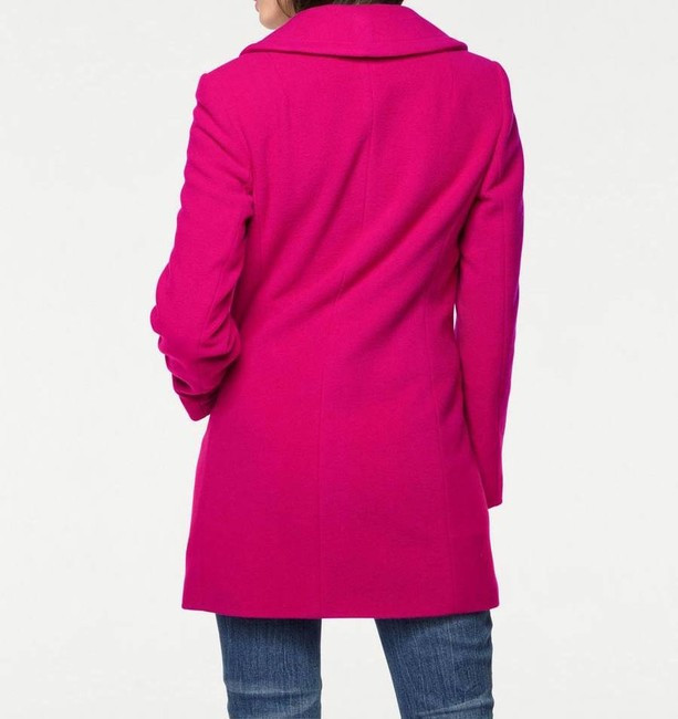 Vlnený kabát s kontrastnými gombíkmi 2bd7afc3070