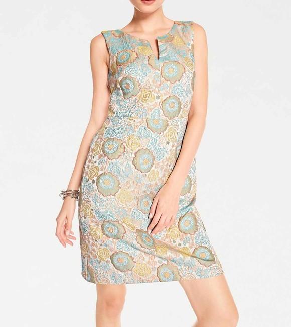 Žakarové púzdrové šaty v kvetinovom dizajne, farebné